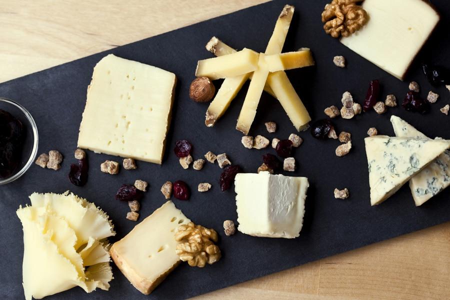 Plateau de différents fromages Entremont.