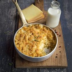 Plat au fromage gratiné Entremont.