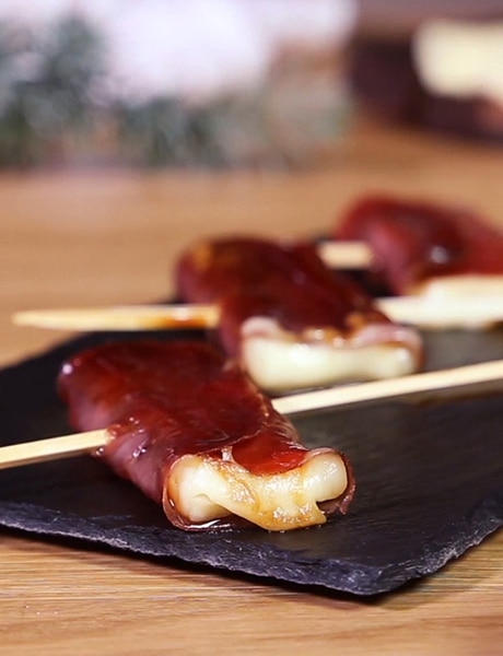 Entremont Raclette cheese yakitori skewers