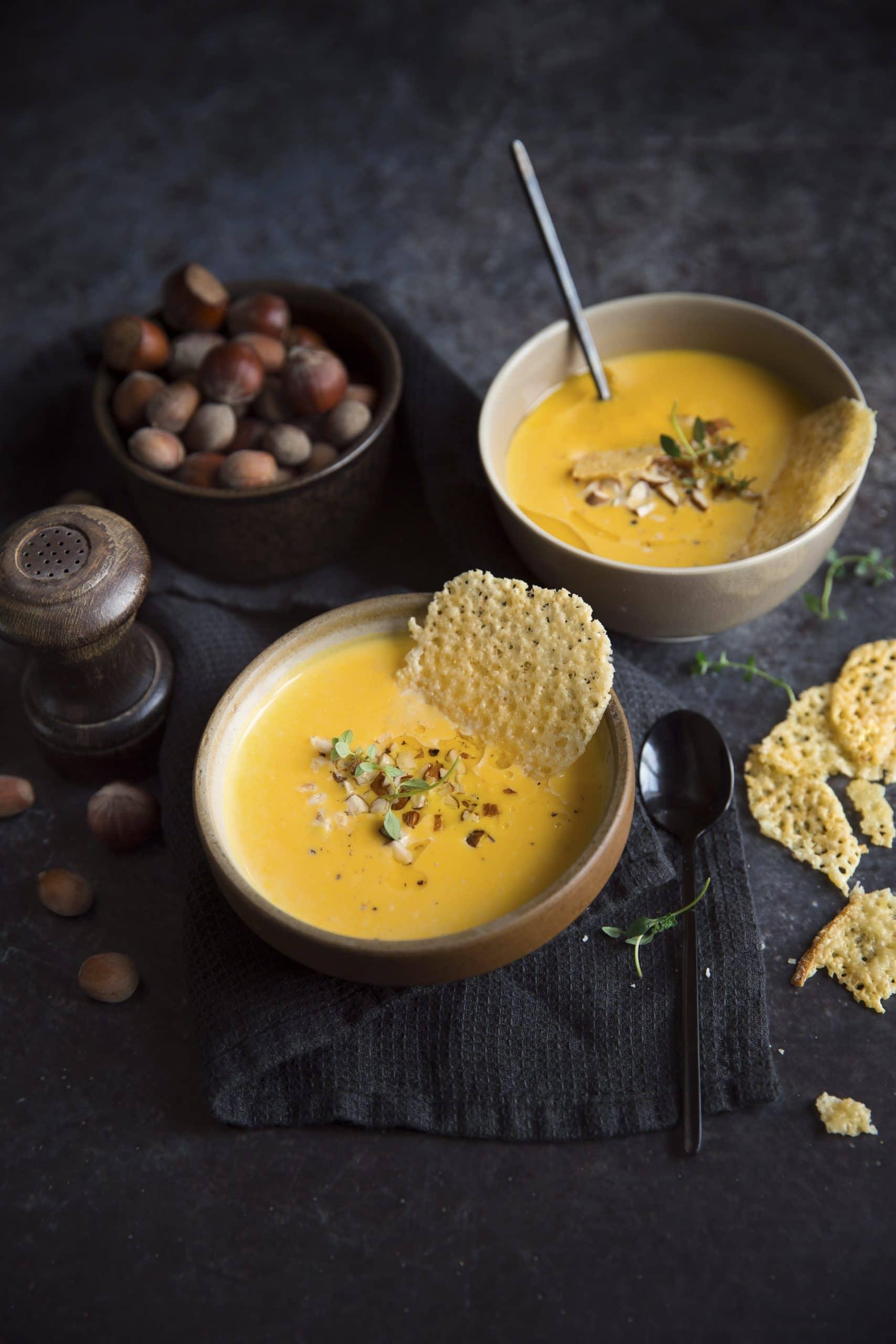 Soupe de potimarron tuiles raclette